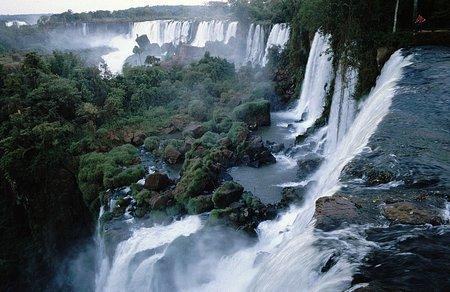 Wodospad Iguacu fot. Wikipedia, Reinhard Jahn