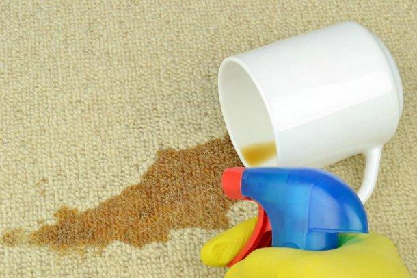 Niezbędnik pani domu – usuwanie trudnych plam
