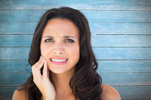 Najczęstsze powikłania po wyrwaniu zęba. Jak ich uniknąć?