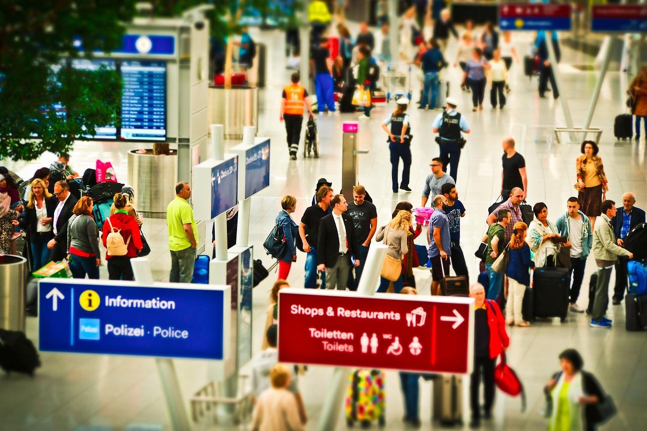 Zagubiony lub zniszczony bagaż w samolocie? Zobacz co możesz zrobić?