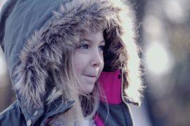 dziewczynka-w-zimie
