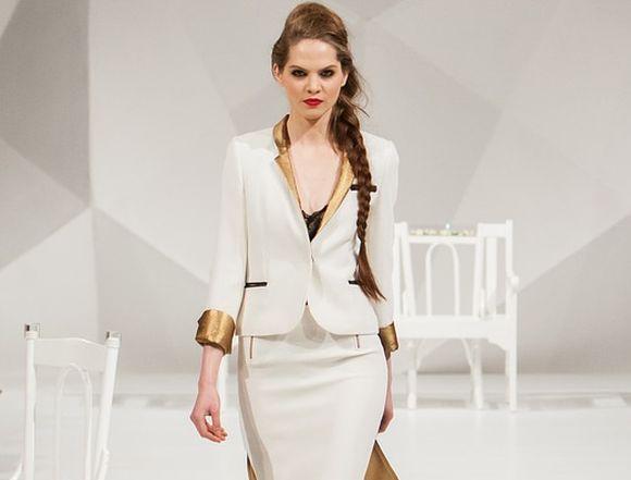 7 wskazówek dotyczących noszenia białych ubrań