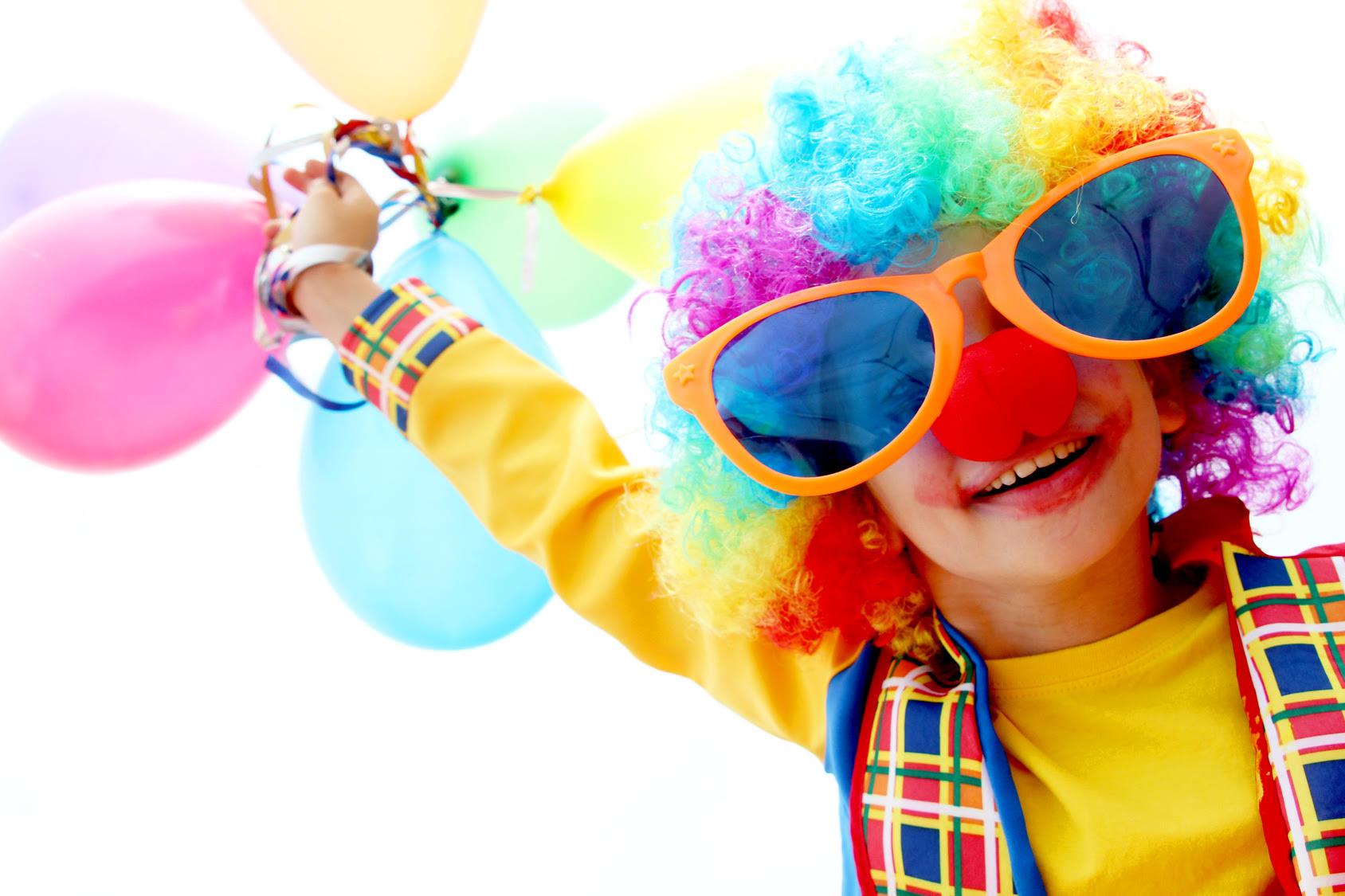 Impreza w domu – jak zorganizować czas dla najmłodszych gości?