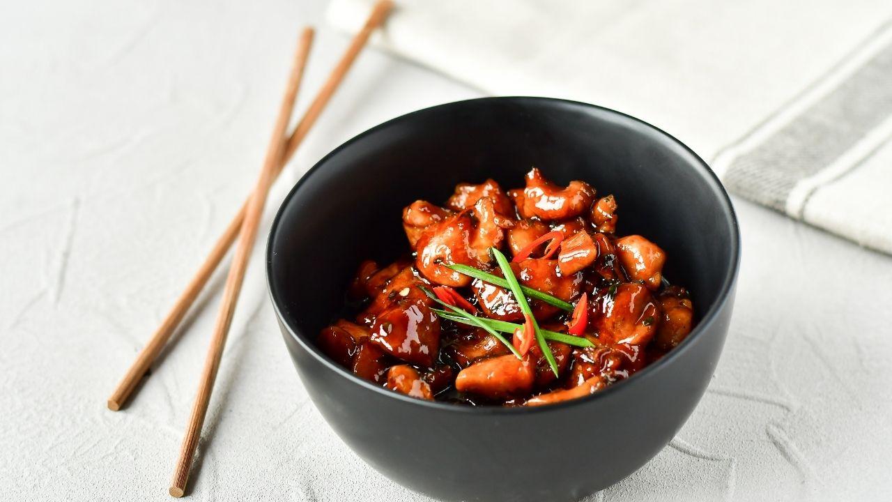 danie japońskie z użyciem sosu teriyaki