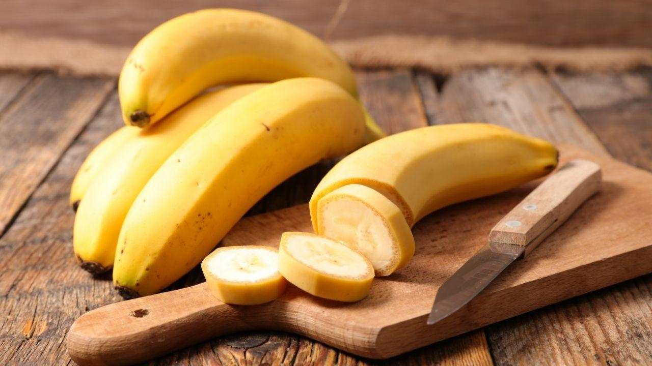 banan pokrojony na kawałki